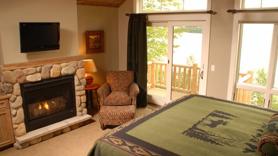 Lake Home Suite Bedroom